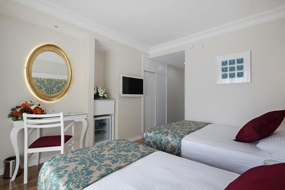 https://aventur.ro/assets/media/imagini_hoteluri/ALALAI/ALALAI-HotelPict2-17303.jpg