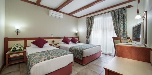 https://aventur.ro/assets/media/imagini_hoteluri/ALALAI/ALALAI-HotelPict6-14019.jpg