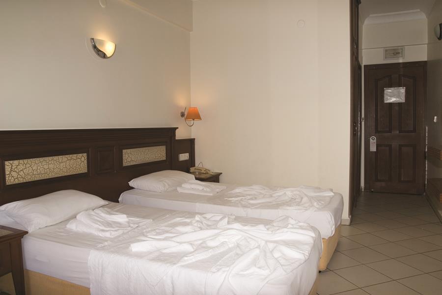 https://aventur.ro/assets/media/imagini_hoteluri/ALALIN/ALALIN-HotelPict6-21221.jpg