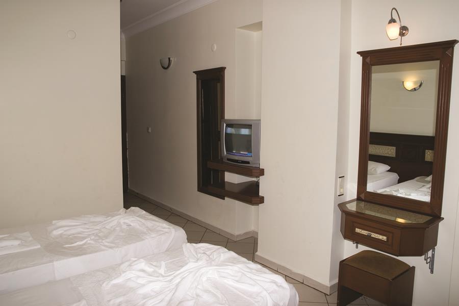 https://aventur.ro/assets/media/imagini_hoteluri/ALALIN/ALALIN-HotelPict7-21222.jpg