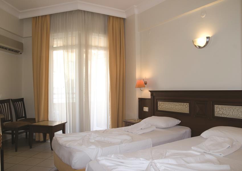 https://aventur.ro/assets/media/imagini_hoteluri/ALALIN/ALALIN-HotelPict8-21223.jpg