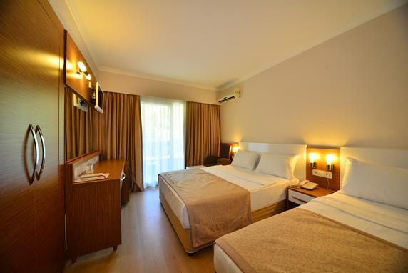 https://aventur.ro/assets/media/imagini_hoteluri/ALANNA/ALANNA-HotelPict6-17437.jpg