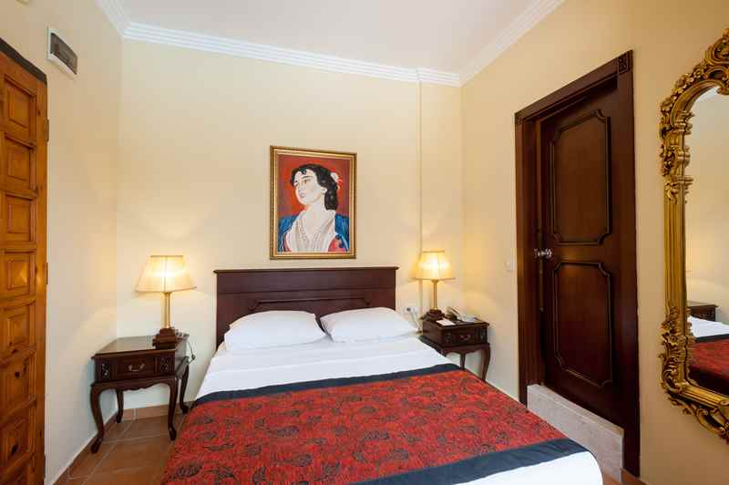 https://aventur.ro/assets/media/imagini_hoteluri/ALANTI/ALANTI-HotelPict5-22947.jpg