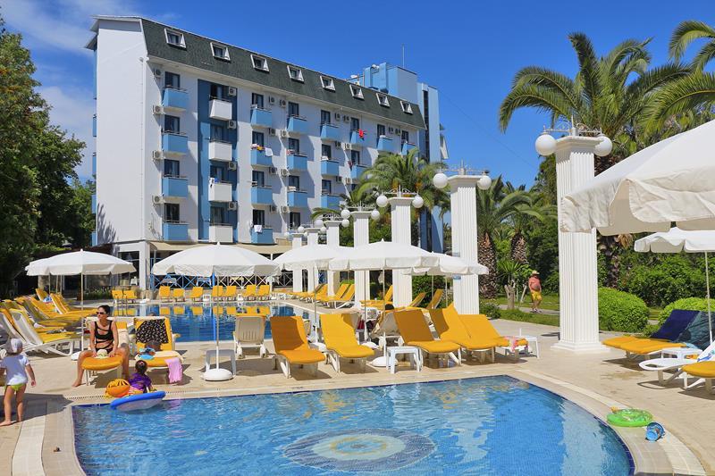 https://aventur.ro/assets/media/imagini_hoteluri/ALAQUA/ALAQUA-HotelPict1-22786.jpg