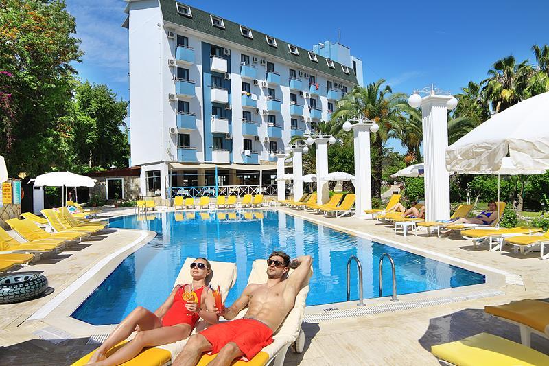 https://aventur.ro/assets/media/imagini_hoteluri/ALAQUA/ALAQUA-HotelPict2-22787.jpg