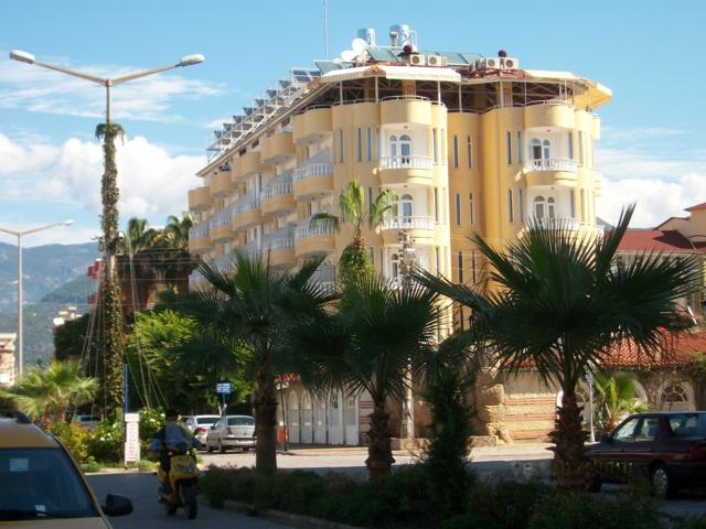 https://aventur.ro/assets/media/imagini_hoteluri/ALARTE/ALARTE-HotelPict1-73.jpg
