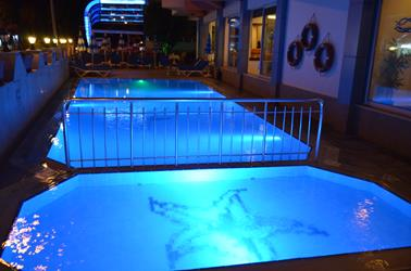 https://aventur.ro/assets/media/imagini_hoteluri/ALBALI/ALBALI-HotelPict7-20175.jpg