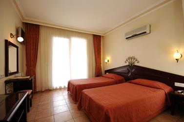 https://aventur.ro/assets/media/imagini_hoteluri/ALBILK/ALBILK-HotelPict5-20130.jpg