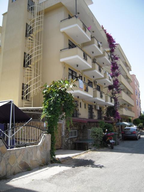 https://aventur.ro/assets/media/imagini_hoteluri/ALCARI/ALCARI-HotelPict1-191.jpg