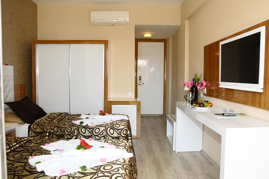 https://aventur.ro/assets/media/imagini_hoteluri/ALCLTE/ALCLTE-HotelPict5-21702.jpg