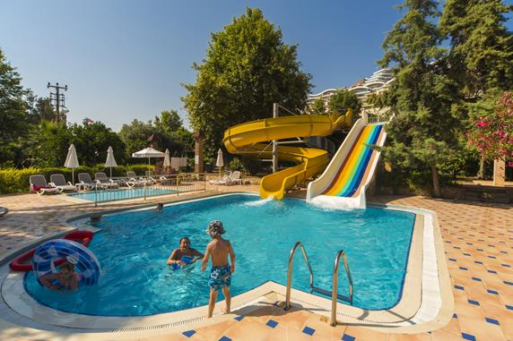 https://aventur.ro/assets/media/imagini_hoteluri/ALDIZA/ALDIZA-HotelPict8-17499.jpg