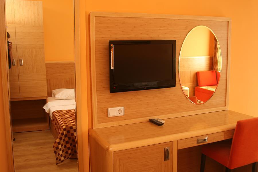 https://aventur.ro/assets/media/imagini_hoteluri/ALGSAN/ALGSAN-HotelPict12-21974.jpg