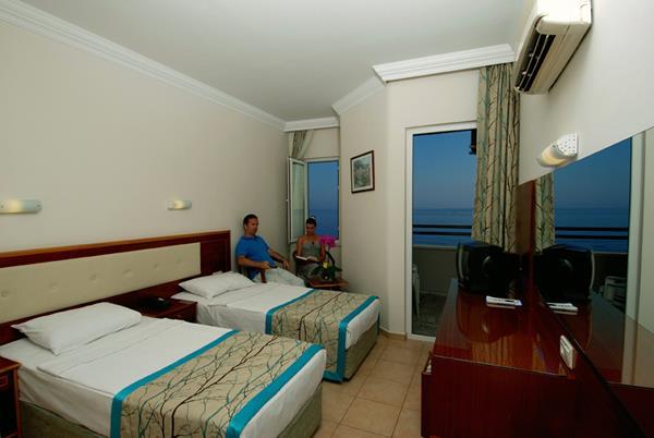 https://aventur.ro/assets/media/imagini_hoteluri/ALHATI/ALHATI-HotelPict5-14401.jpg