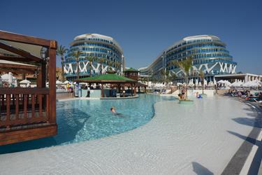 https://aventur.ro/assets/media/imagini_hoteluri/ALINFI/ALINFI-HotelPict2-20135.jpg