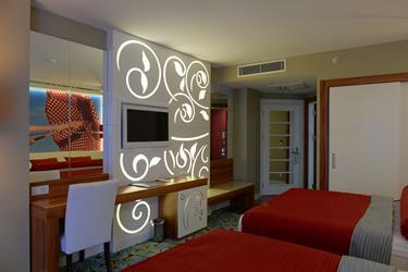 https://aventur.ro/assets/media/imagini_hoteluri/ALINFI/ALINFI-HotelPict7-20140.jpg