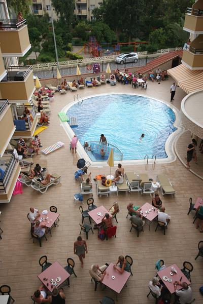https://aventur.ro/assets/media/imagini_hoteluri/ALKADA/ALKADA-HotelPict3-19594.jpg