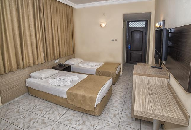 https://aventur.ro/assets/media/imagini_hoteluri/ALKBAV/ALKBAV-HotelPict6-11018.jpg