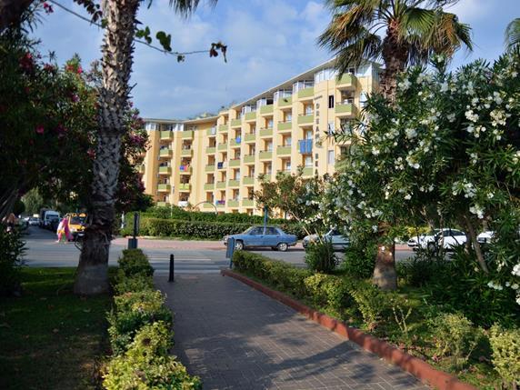 https://aventur.ro/assets/media/imagini_hoteluri/ALKLDR/ALKLDR-HotelPict2-17412.jpg
