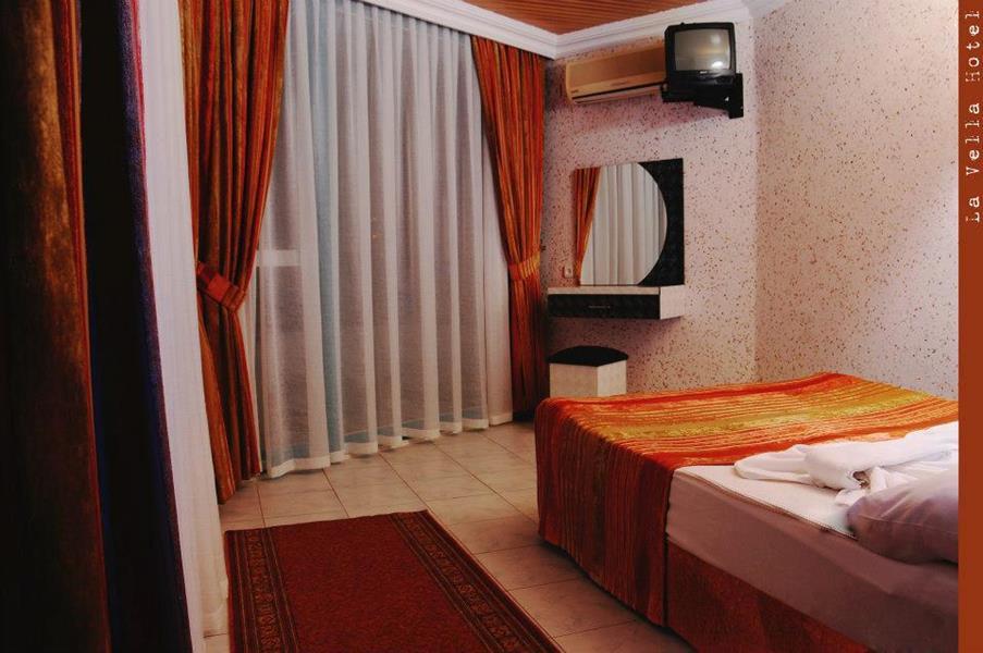https://aventur.ro/assets/media/imagini_hoteluri/ALLAVE/ALLAVE-HotelPict7-20225.jpg