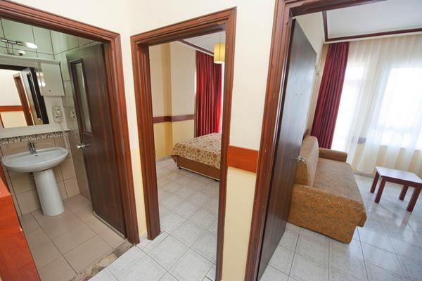 https://aventur.ro/assets/media/imagini_hoteluri/ALLAVI/ALLAVI-HotelPict6-15344.jpg