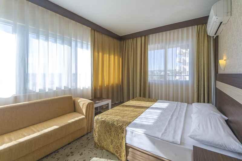 https://aventur.ro/assets/media/imagini_hoteluri/ALLONI/ALLONI-HotelPict6-23094.jpg