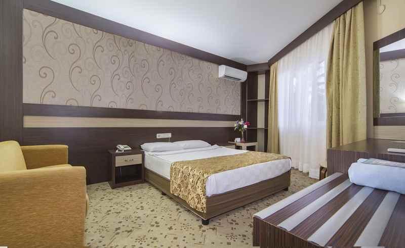 https://aventur.ro/assets/media/imagini_hoteluri/ALLONI/ALLONI-HotelPict7-23095.jpg