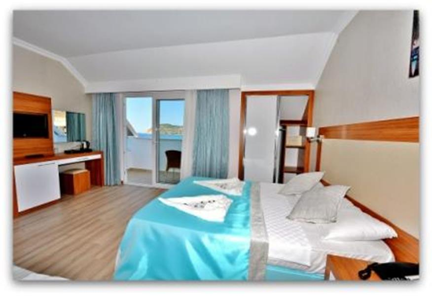 https://aventur.ro/assets/media/imagini_hoteluri/ALMESU/ALMESU-HotelPict11-21263.jpg