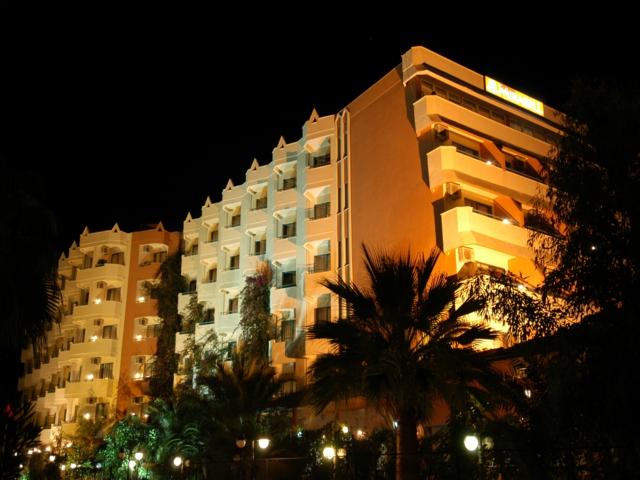 https://aventur.ro/assets/media/imagini_hoteluri/ALMIRA/ALMIRA-HotelPict2-584.jpg