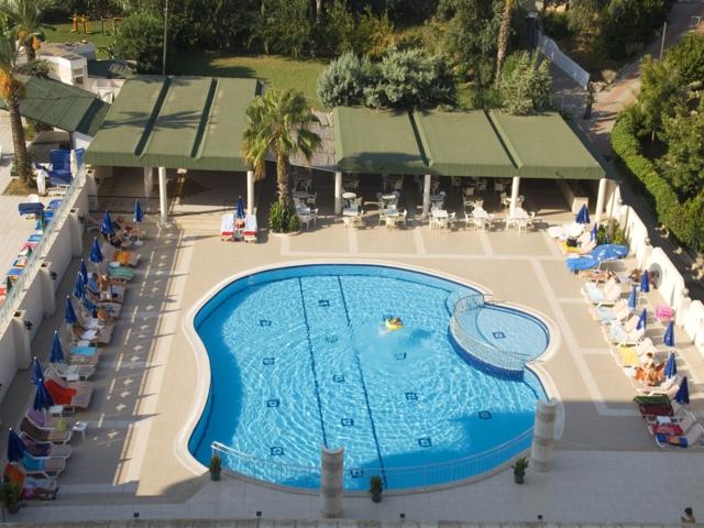 https://aventur.ro/assets/media/imagini_hoteluri/ALMIRA/ALMIRA-HotelPict7-590.jpg