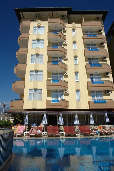 https://aventur.ro/assets/media/imagini_hoteluri/ALMON/ALMON-HotelPict1-19676.jpg