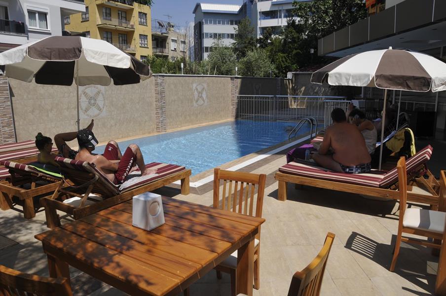 https://aventur.ro/assets/media/imagini_hoteluri/ALMONP/ALMONP-HotelPict11-21580.jpg