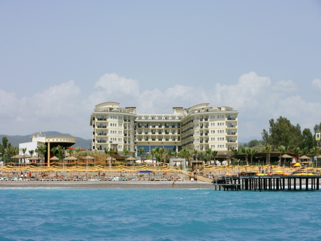 https://aventur.ro/assets/media/imagini_hoteluri/ALMUKA/ALMUKA-HotelPict1-5995.jpg
