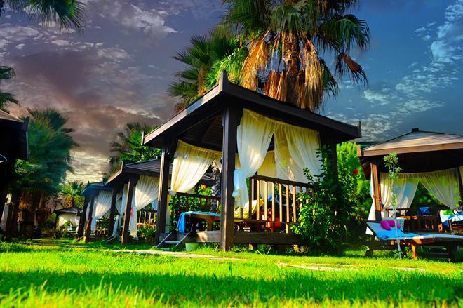 https://aventur.ro/assets/media/imagini_hoteluri/ALMUKA/ALMUKA-HotelPict14-9638.jpg