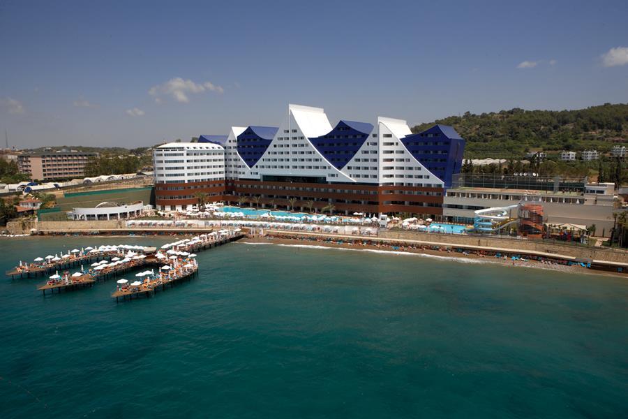 https://aventur.ro/assets/media/imagini_hoteluri/ALORAN/ALORAN-HotelPict1-21757.jpg