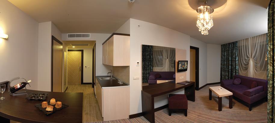 https://aventur.ro/assets/media/imagini_hoteluri/ALORAN/ALORAN-HotelPict9-21765.jpg