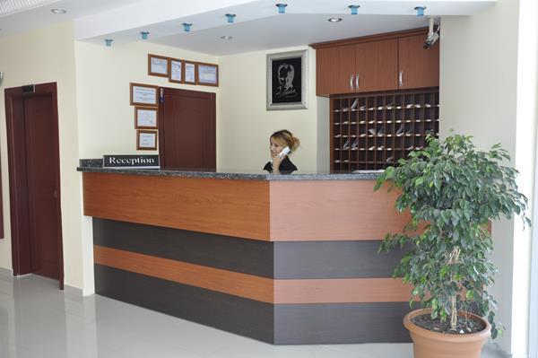 https://aventur.ro/assets/media/imagini_hoteluri/ALPIME/ALPIME-HotelPict14-16726.jpg