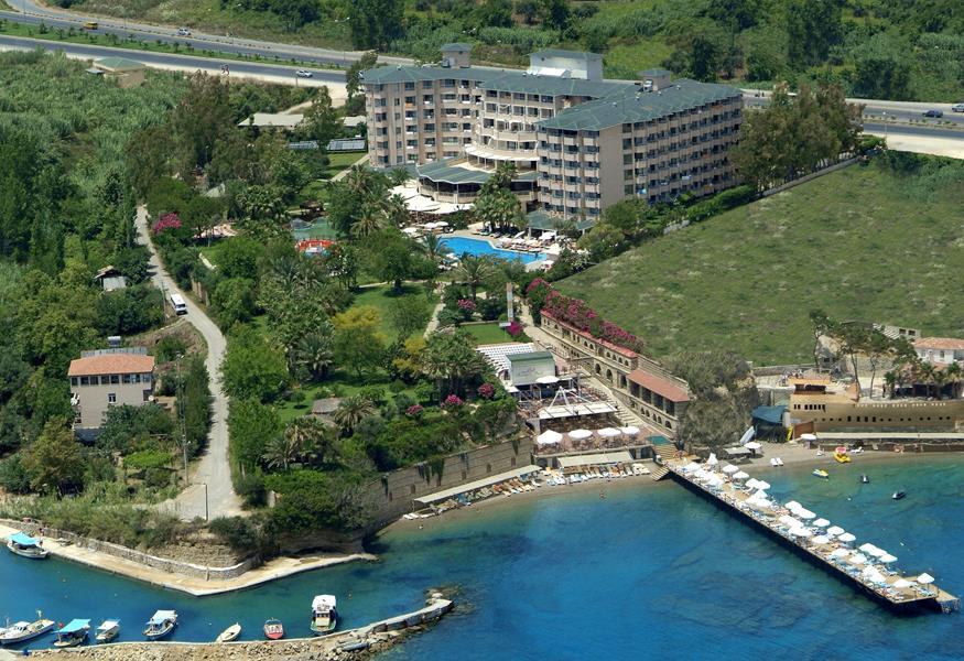 https://aventur.ro/assets/media/imagini_hoteluri/ALQAVE/ALQAVE-HotelPict1-20288.jpg
