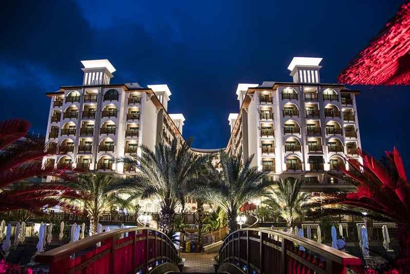 https://aventur.ro/assets/media/imagini_hoteluri/ALQUA/ALQUA-HotelPict1-23126.jpg