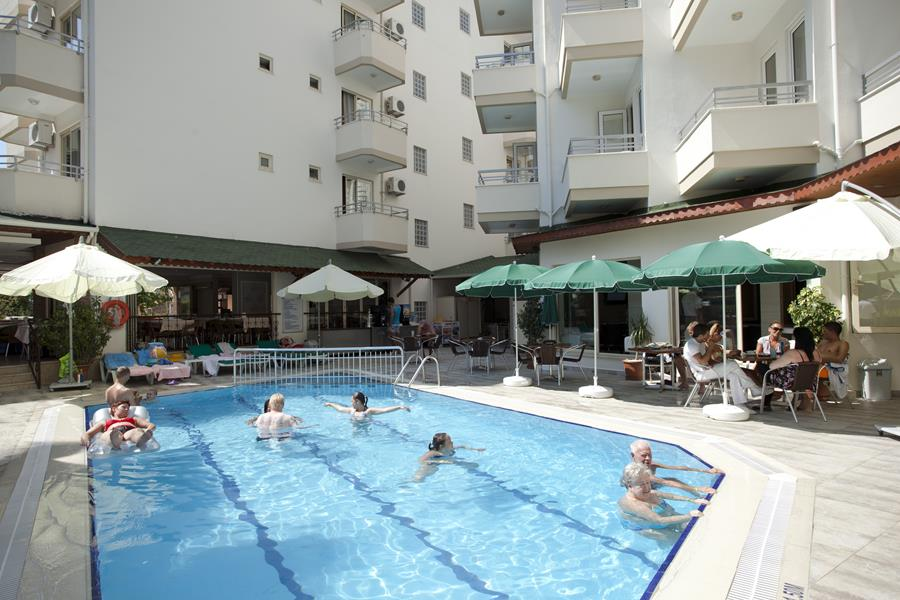 https://aventur.ro/assets/media/imagini_hoteluri/ALREMI/ALREMI-HotelPict4-20299.jpg