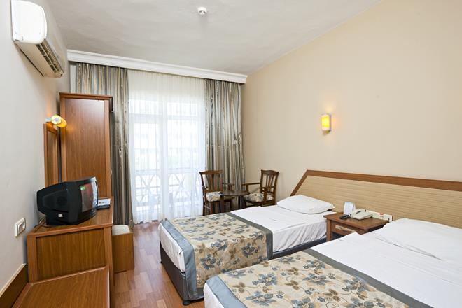 https://aventur.ro/assets/media/imagini_hoteluri/ALTITG/ALTITG-HotelPict15-10620.jpg