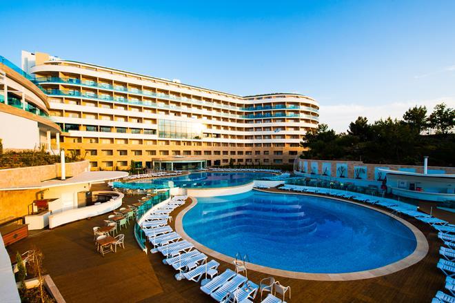 https://aventur.ro/assets/media/imagini_hoteluri/ALWATE/ALWATE-HotelPict1-10654.jpg