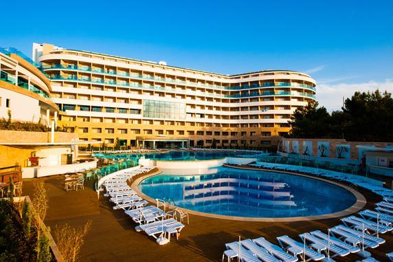 https://aventur.ro/assets/media/imagini_hoteluri/ALWATE/ALWATE-HotelPict9-19750.jpg