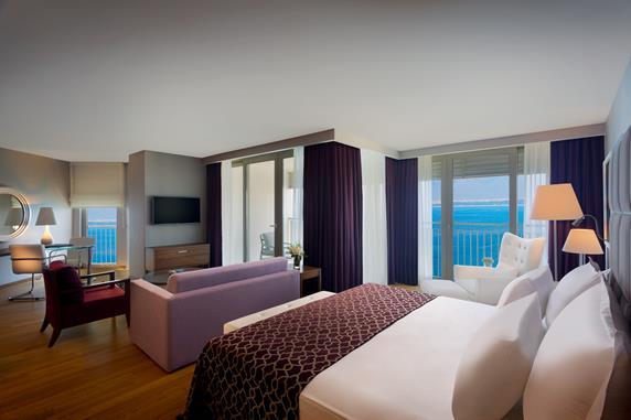 https://aventur.ro/assets/media/imagini_hoteluri/ANBAAK/ANBAAK-HotelPict8-17665.jpg