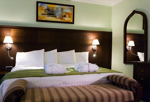 https://aventur.ro/assets/media/imagini_hoteluri/ANCROW/ANCROW-HotelPict7-14842.jpg
