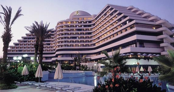 https://aventur.ro/assets/media/imagini_hoteluri/ANDOWN/ANDOWN-HotelPict2-17676.jpg