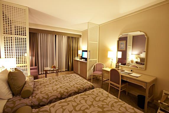 https://aventur.ro/assets/media/imagini_hoteluri/ANDOWN/ANDOWN-HotelPict8-17682.jpg