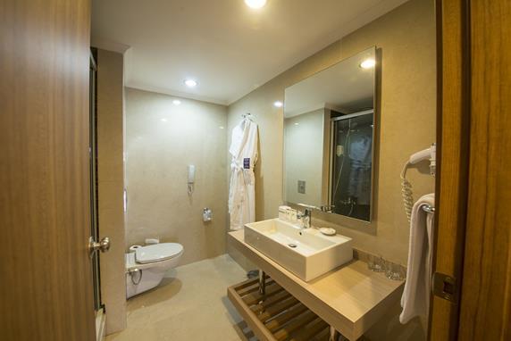 https://aventur.ro/assets/media/imagini_hoteluri/BLARCA/BLARCA-HotelPict7-17879.jpg
