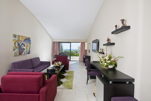 https://aventur.ro/assets/media/imagini_hoteluri/BLATLA/BLATLA-HotelPict7-17888.jpg