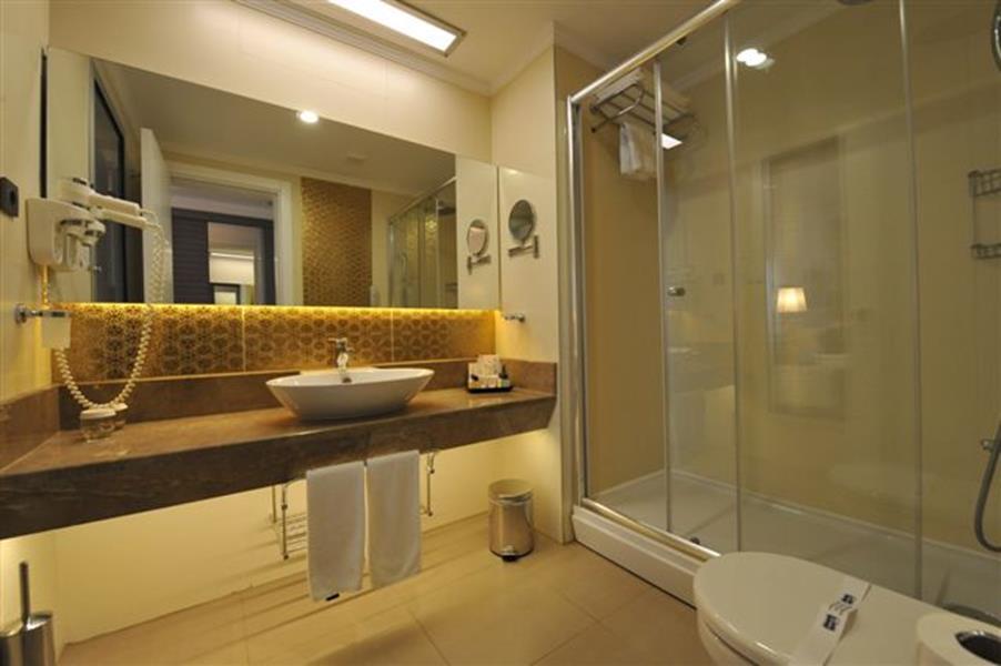 https://aventur.ro/assets/media/imagini_hoteluri/BLBELA/BLBELA-HotelPict7-20374.jpg