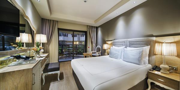 https://aventur.ro/assets/media/imagini_hoteluri/BLBELI/BLBELI-HotelPict8-16363.jpg